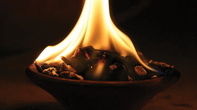 Community Sangha | Agni Hotra: Fire as a Tool to Keep Calm